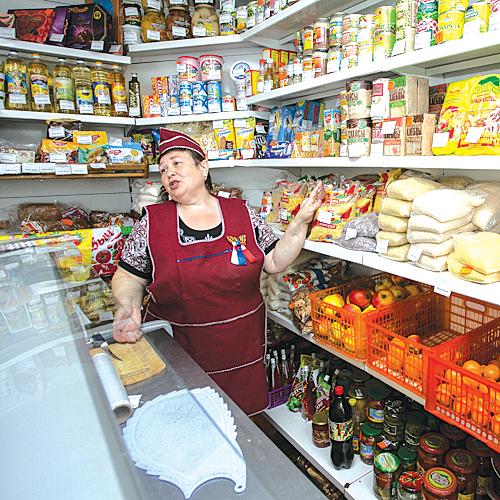 На подвоз продуктов в отдалённые сёла НСО потрачено  9 млн рублей.