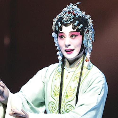 На сцене ГКЗ им. Арнольда Каца выступили музыканты из Китая.