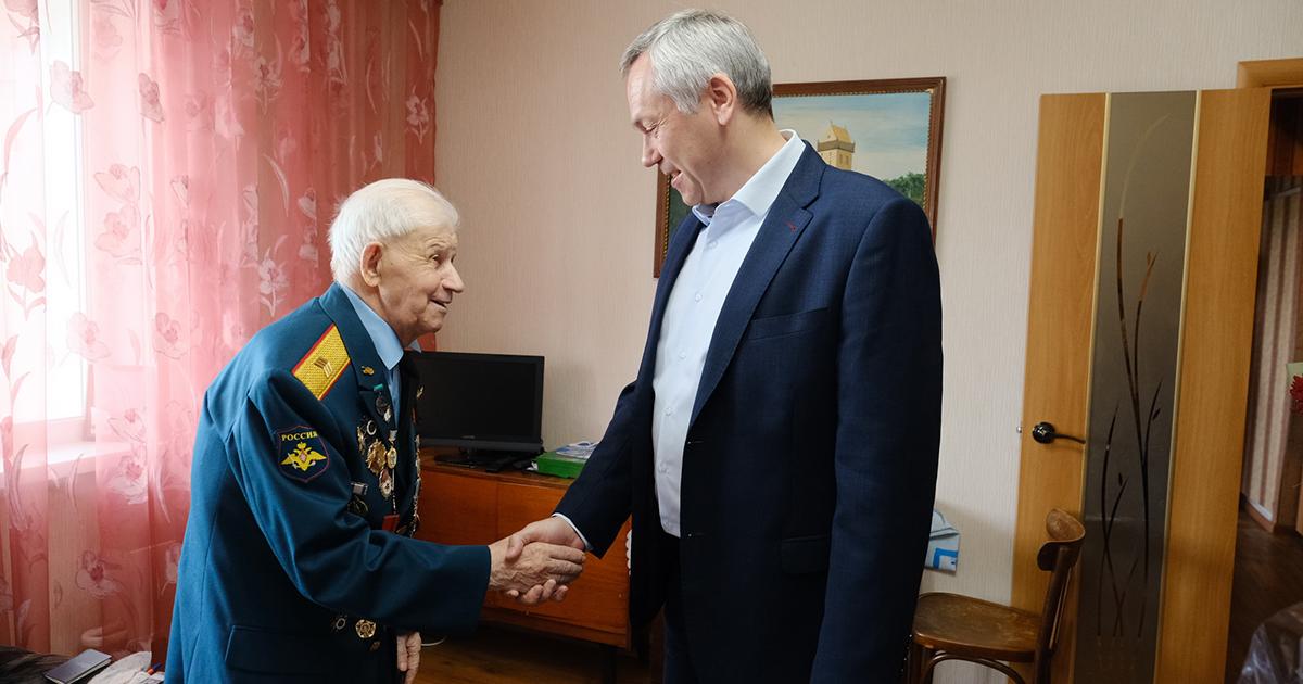 Новосибирский ветеран ВОВ справил 95-летний юбилей