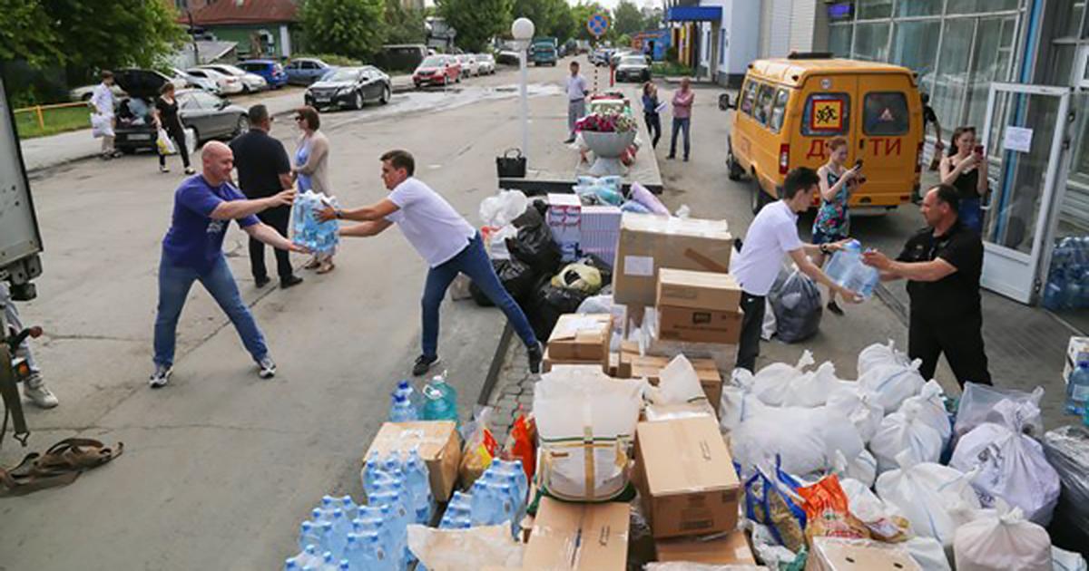 Новосибирские единороссы отправили 40 тонн гуманитарной помощи пострадавшим от паводка иркутянам