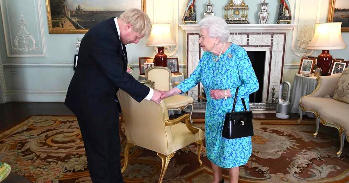 Сказ о Борисе – слуге королевы и Владимире – слуге народа