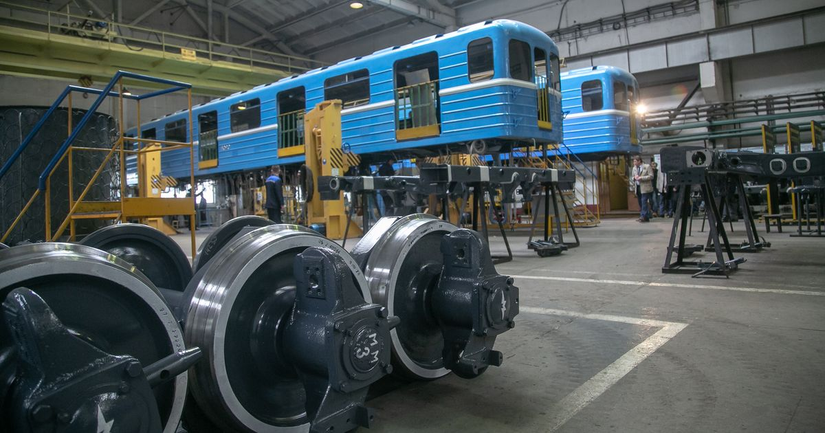 В Новосибирске обновляют трамвайный парк и задумываются о полной замене всех вагонов метро