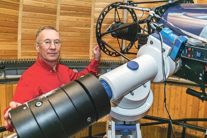 Приговор экс-директору новосибирского планетария опять отложили