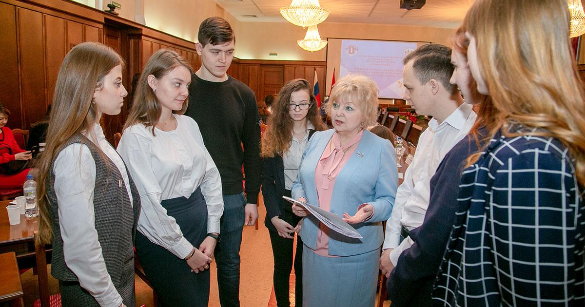 Новосибирские студенты знают, как победить коррупцию в армии и узаконить «самострои»
