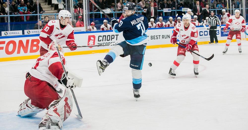 Московский «Спартак» разгромил новосибирскую «Сибирь»