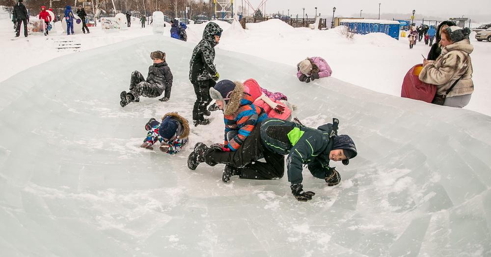 Завтра, 27 декабря, откроется новогоднее пространство на Михайловской набережной