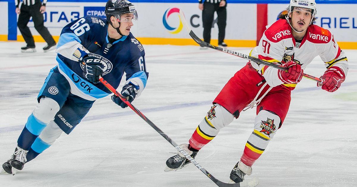 Хоккейная «Сибирь» одолела «Куньлунь» по буллитам