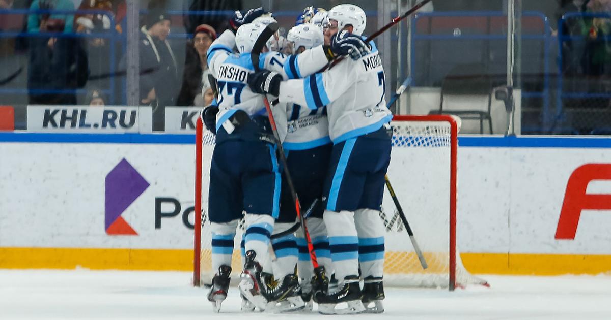 Хоккейная «Сибирь» одержала первую победу в новом году