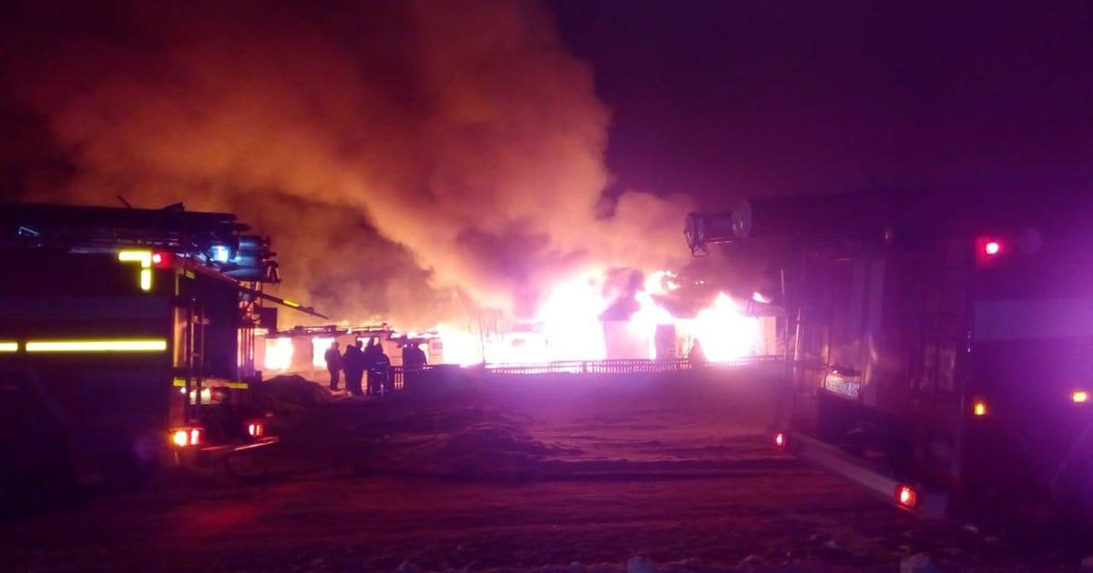 Школа сгорела в Новосибирской области