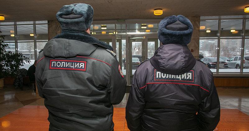 Новосибирца, ударившего сотрудника полиции, оштрафовали на 55 тысяч рублей