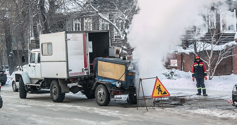 На месяц сузили улицу Кошурникова в Новосибирске