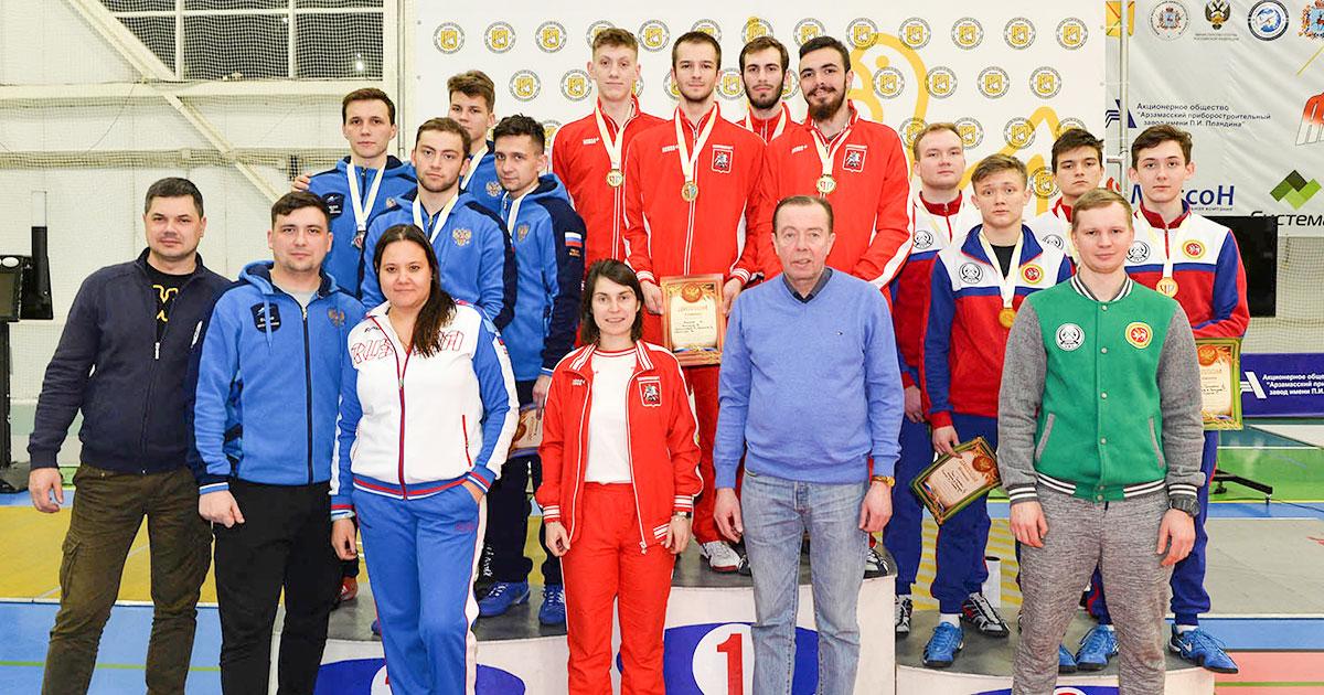 Молодые новосибирские фехтовальщики завоевали награды на целом ряде турниров