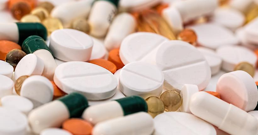 Вскоре купить лекарства в сельской местности можно будет с автолавок
