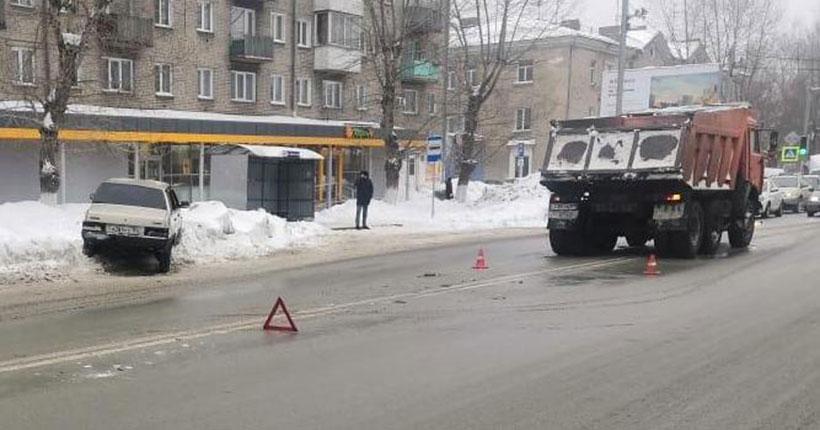 Трое детей пострадали в ДТП за сутки в Новосибирске