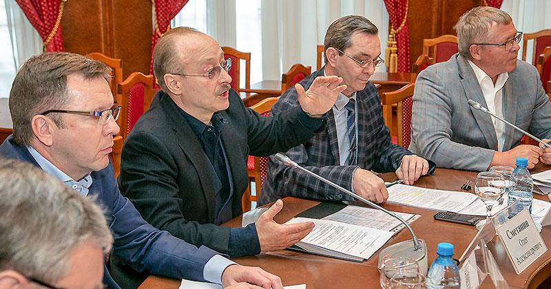 Депутат заксобрания предложил запретить работникам МУПов баллотироваться в местные органы власти