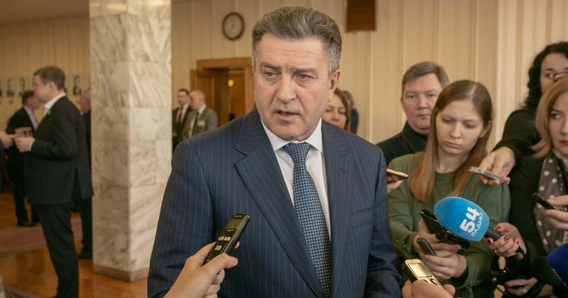 Спикер новосибирского заксобрания рассказал, почему продлён срок внесения поправок в Конституцию