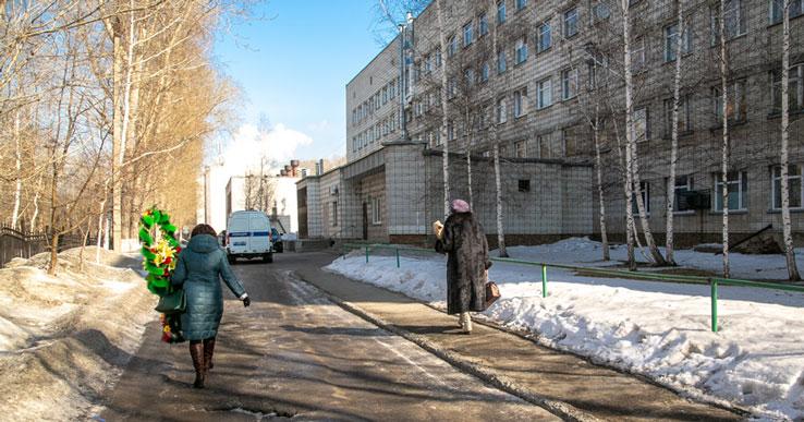 Бассейн оказался объектом «торговли» — мэрия Новосибирска отказала застройщику у больницы №34