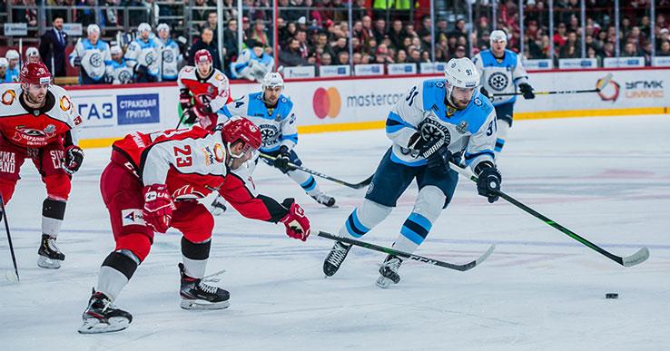 Хоккейная «Сибирь» одержала победу в первом матче плей-офф