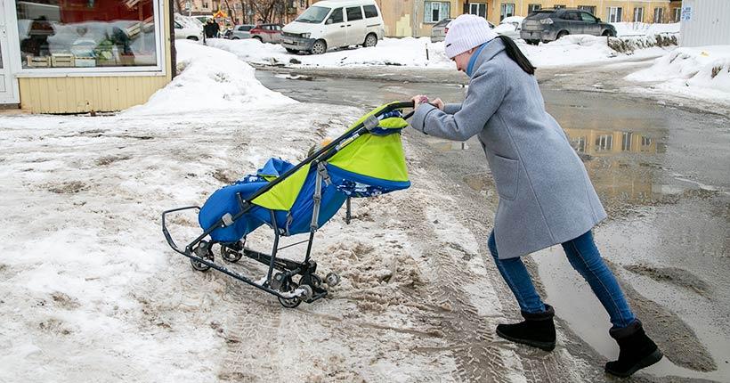 «Ведомости» продолжают следить за ситуацией с уборкой снега в Новосибирске и области
