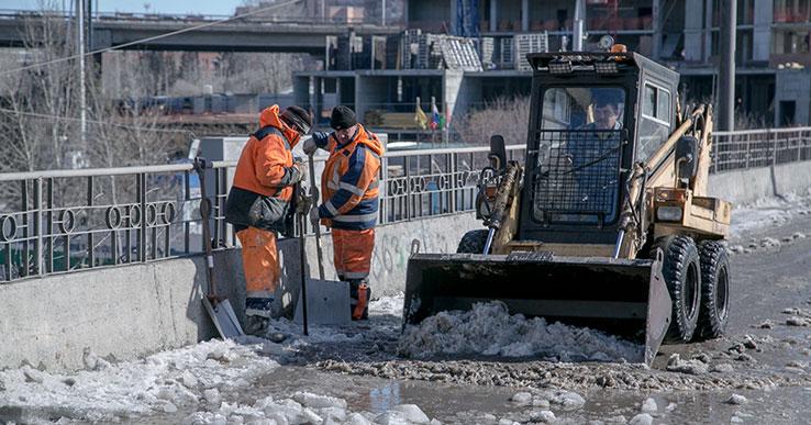 Ипподромка и Владимировская: где сегодня убирают снег в Новосибирске