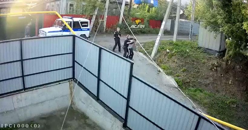 Суд рассмотрит дело новосибирского росгвардейца, избившего прохожего