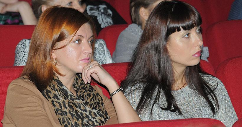 Новосибирскстат посчитал средний возраст жительницы региона