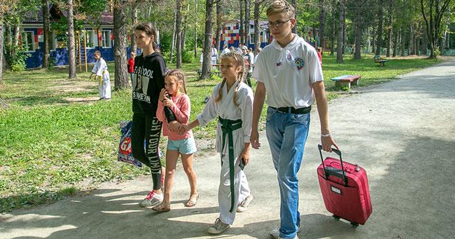 Ещё больше детей бесплатно отдохнут в летних лагерях Новосибирской области