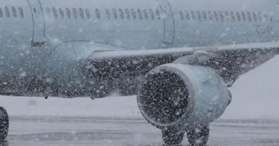 Новосибирцы больше суток не могут вылететь из Норильска