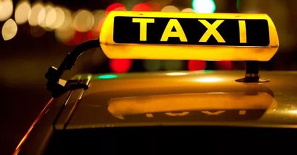 Таксисты Новосибирска теперь обязаны мыть салоны химреактивами