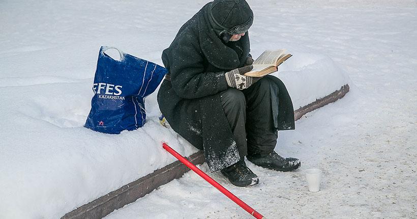 В Новосибирске волонтёры накормят и обогреют людей без адреса