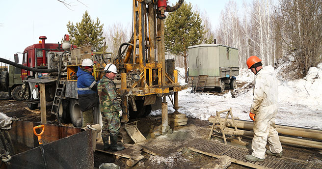 Буровые установки начали работу на площадке строительства синхротрона в Новосибирске