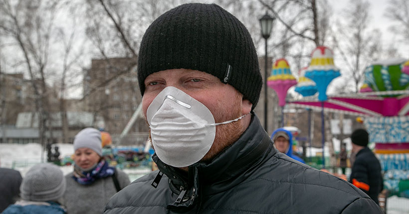 Маски «от коронавируса» будут продавать в киосках Почты России и Роспечати