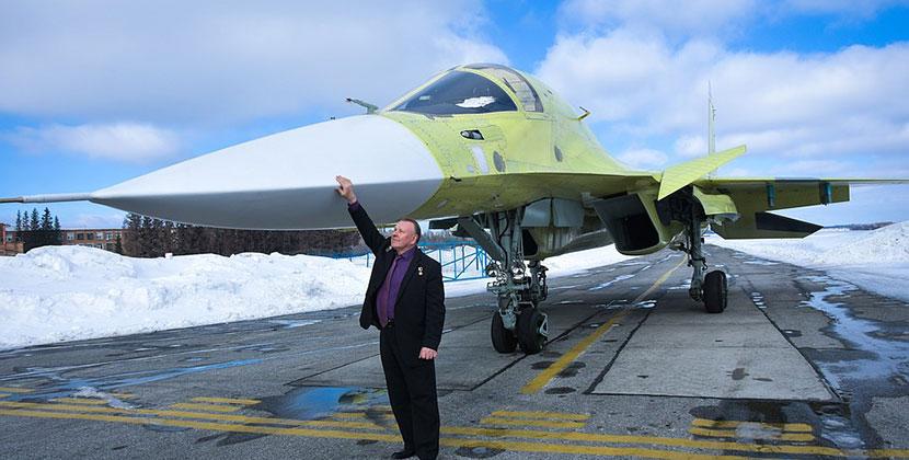 Лётчик-испытатель, Герой России: об истребителях над Новосибирском
