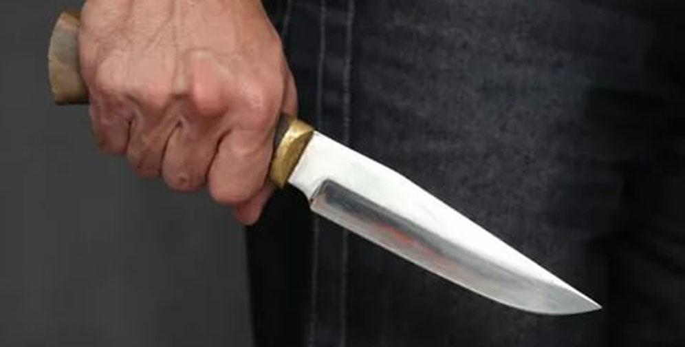 В Новосибирске ревнивец вонзил нож в соперника