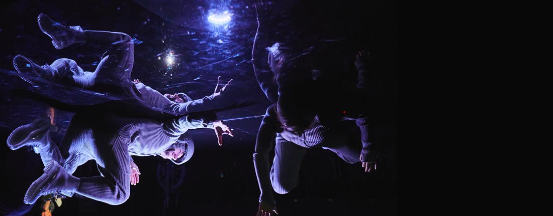 «Смотреть» спектакли Новосибирского театра «Старый дом» теперь могут слепые люди