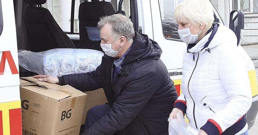 Депутат заксобрания Николай Мочалин направил 2 500 медицинских масок в детские сады Новосибирска