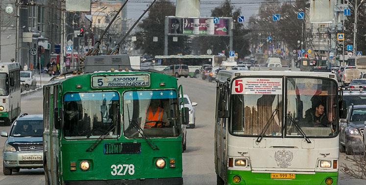 С сегодняшнего дня в Новосибирске сократится количество единиц общественного транспорта