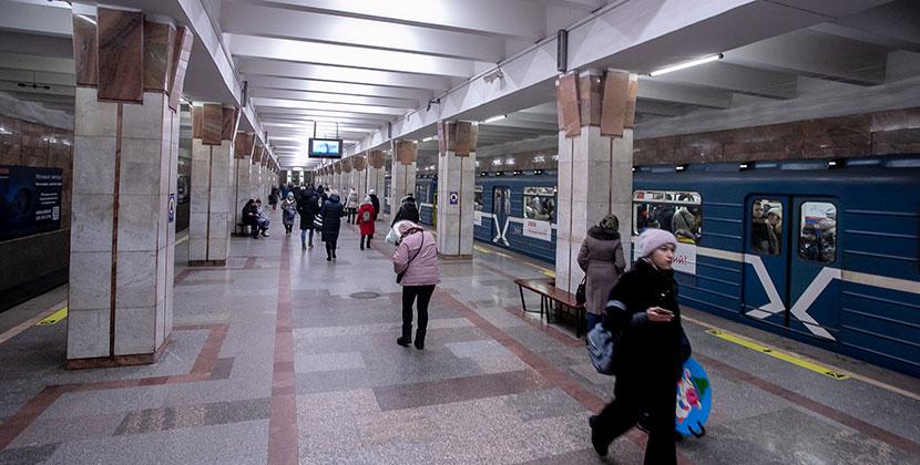 Общественный транспорт Новосибирска меняет время работы