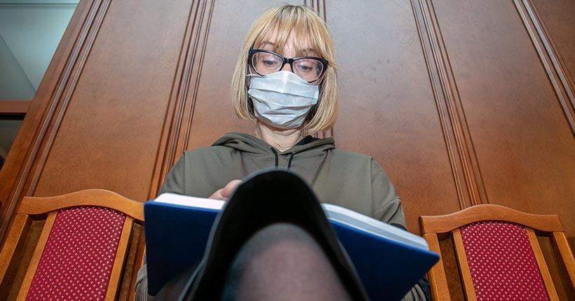 Более 300 тысяч медицинских масок приехали в Новосибирск из Китая