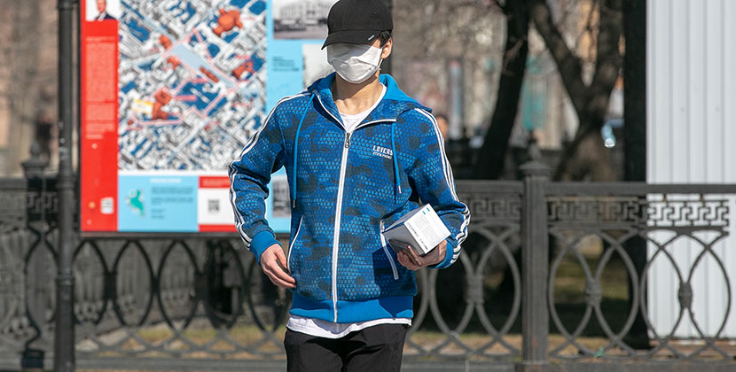 Всех новосибирцев обяжут надеть маски
