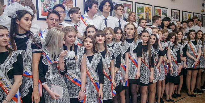 ОГЭ могут отменить, а сроки проведения ЕГЭ скорректировать в России