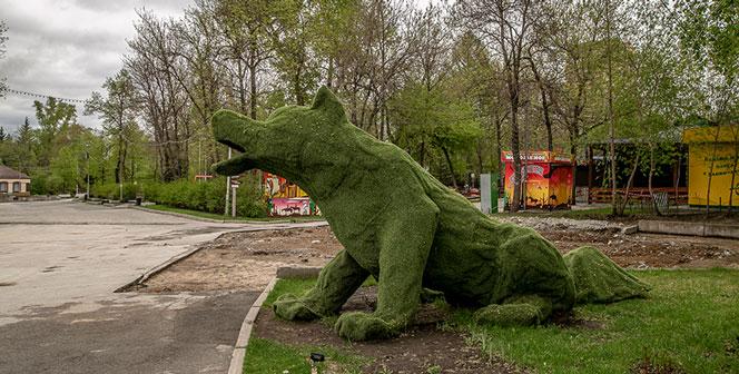 Скверы и некоторые парки в Новосибирске открыли и обработали от клещей