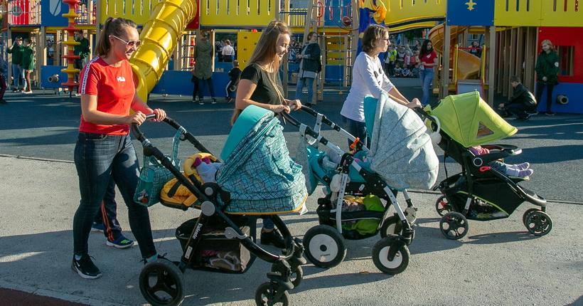 Сотни тысяч семей в Новосибирской области получат выплаты в связи с пандемией коронавируса