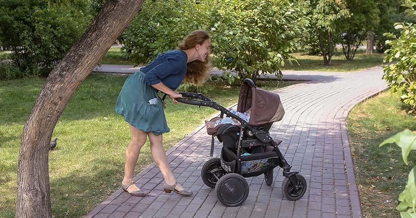 Госдума рассмотрит поправки о двукратном повышении пособия по уходу за ребёнком