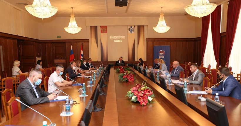 В предварительном голосовании «Единой России» примут участие 407 кандидатов