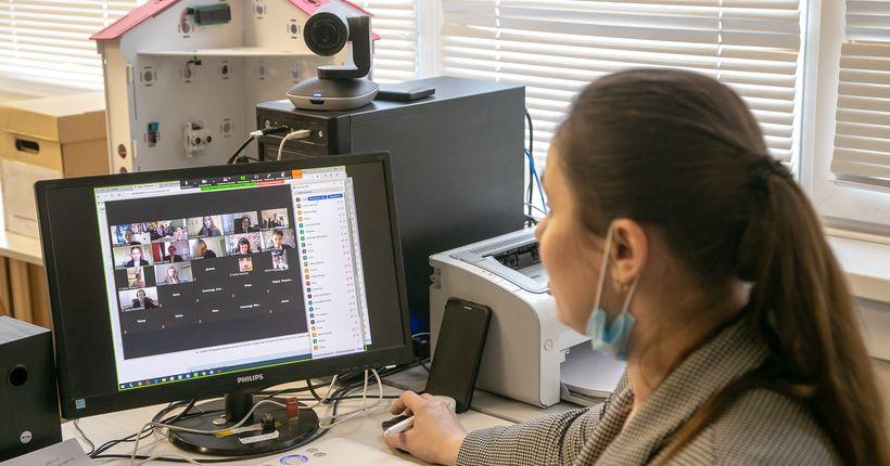 Последние звонки в 2020 году пройдут в новосибирских школах только в дистанционном формате