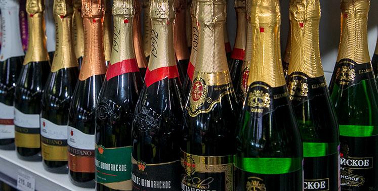 В России могут ограничить продажу алкоголя и табака