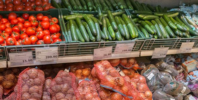 Огурцы и салат в избытке появятся на торговых прилавках Новосибирской области
