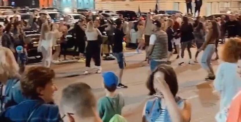 В Новосибирске в период самоизоляции прошли массовые вечеринки
