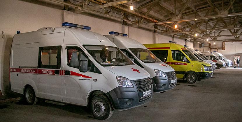 В Новосибирске водители скорой помощи пожаловались на невыплату положенных компенсаций за работу с ковид-больными